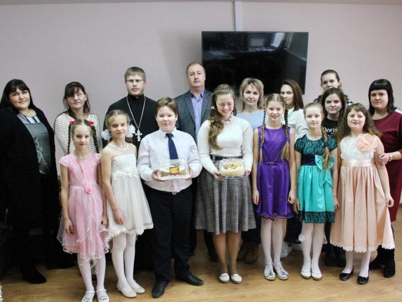 10 января дети воскресной группы храма Казанской иконы Божией Матери города Борисоглебск поздравили телекомпанию «Светоч» с Рождеством Христовым
